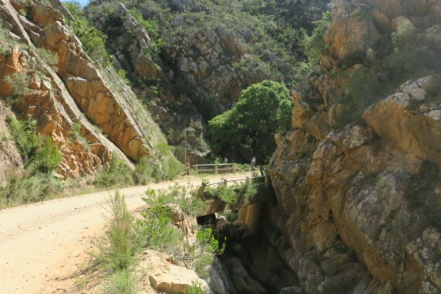 From the 28th to the 31st km - Diep Rivier Heights and the Bain Memorial.